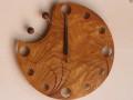 手作り木製電波掛け時計 くわ