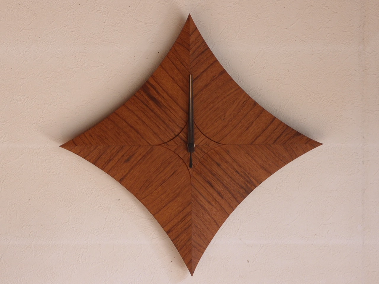 手作り木製電波掛け時計