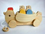 ★受注生産(納期1ヶ月)。木のおもちゃ知育玩具、組立てコッコちゃん羽付