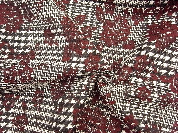 イタリア製輸入生地 【D&G社使用】 ウールベース/花柄ジャガード織/スカート着分1.2m