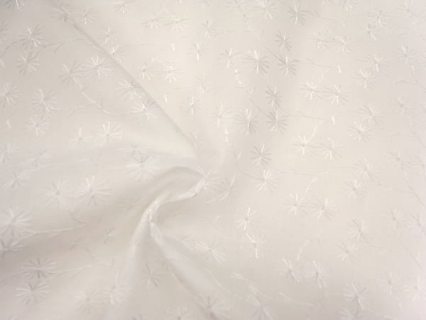イタリア製輸入生地 【ピュアコットン】 小花刺繍 0.1m(10cm)単位