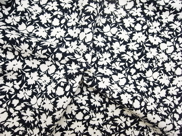 イタリア製輸入生地 【ピュアコットン】 ピケ織/花柄プリント/1着分2.4m