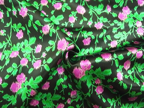 イタリア製輸入生地 【Valentino/ヴァレンチノ社】 ピュアシルクサテン/花柄プリント/1着分2.7m