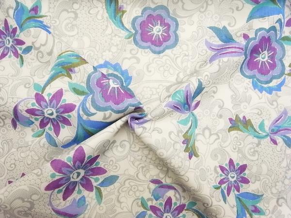 イタリア製輸入生地 【ピュアウールボイル】 花柄プリント/1着分2.4m
