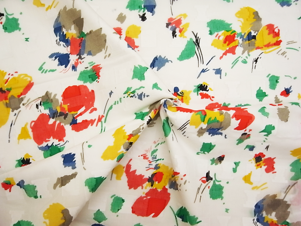 イタリア製輸入生地 【ピュアコットン】 スクエアーカットボイル/花柄プリント/1着分2.4m
