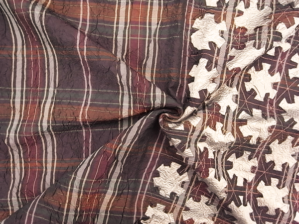 イタリア製輸入生地 【一流ブランド使用】 ワッシャー加工/幾何学柄モチーフカット/1着分2.4m