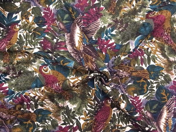 イタリア製輸入生地 【シルクウール】 鳥柄ジャガード/ワンピース着分1.6m