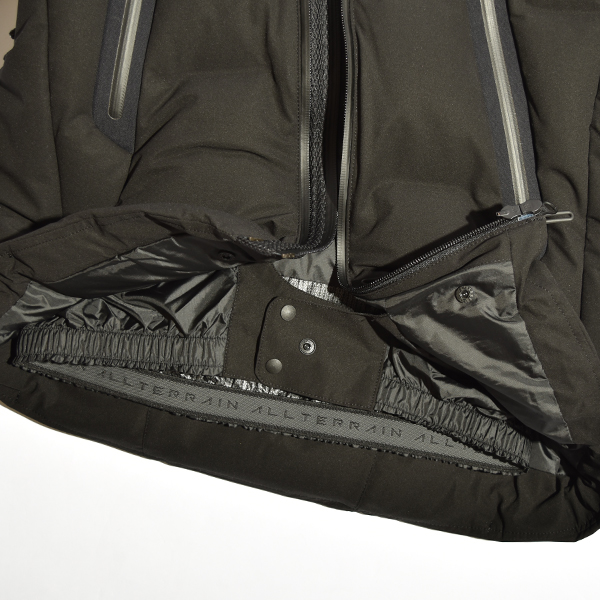 DESCENT ALLTERRAIN (デサント オルテライン) 水沢ダウン マウンテニア ダウンジャケット パラヘムフージャケット 防水透湿  日本製