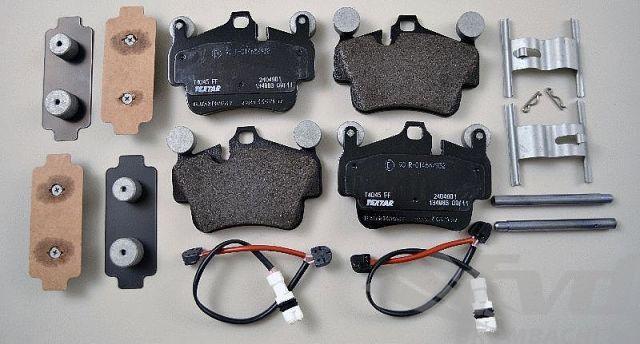 ポルシェ・987ボクスターS/987ケイマンS フロントブレーキサービスキット Brake service kit