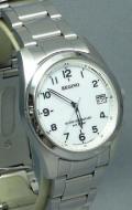 シチズン 10気圧防水の男性用ソーラー電波腕時計レグノ RS25-0482H 刻印対応、有料 ZAIKO