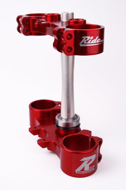 RIDE ENGINEERINGトリプルクランプキット RMZ450 (10-12) レッド 20mm オフセット