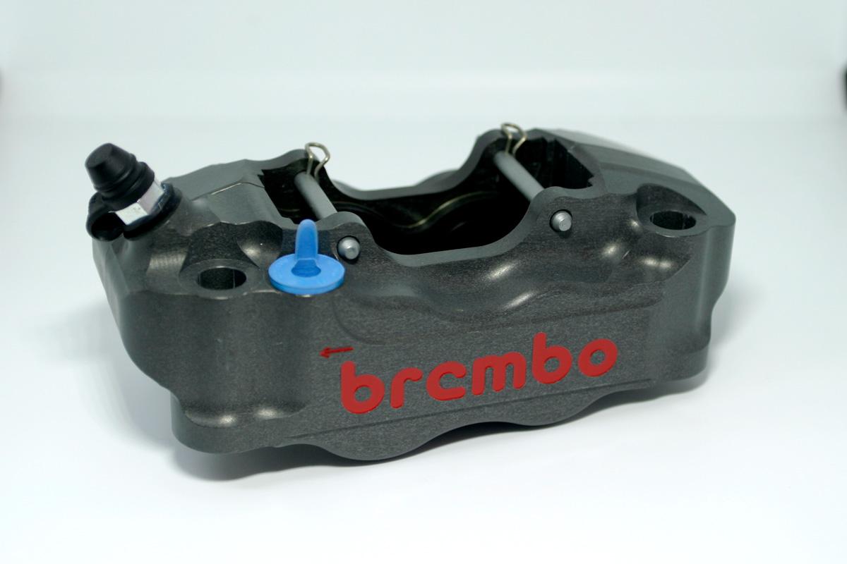 Brembo ブレンボ レーシング ラジアルマウントキャリパー 108mm ピッチ アルミピストン X69510