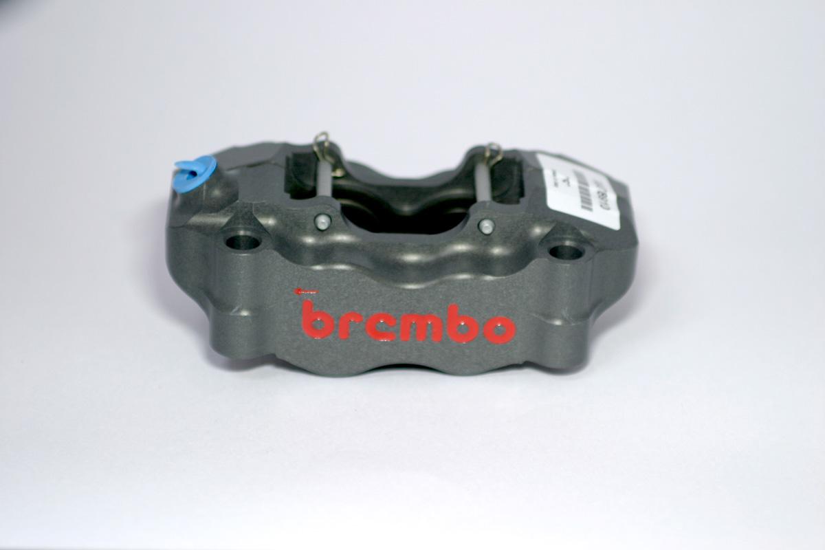 Brembo ブレンボ レーシング ラジアルマウントキャリパー 100mm ピッチ アルミピストン X78910