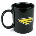 Cycra のロゴマーク入りコーヒーマグカップ