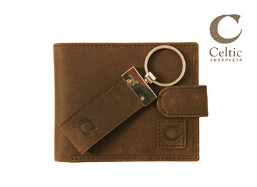 Celticセルティック 二つ折り財布とキーリングセット