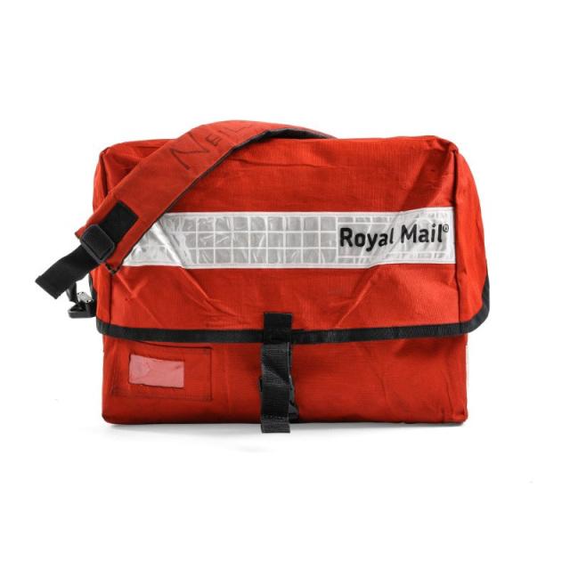 【B】実物 イギリス ROYAL MAIL メッセンジャーバッグ ホワイトリフレクター