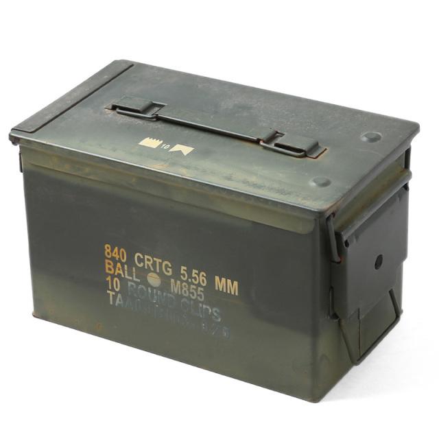 実物 米軍 M2A1 Mサイズ アモカン(弾薬箱) USED