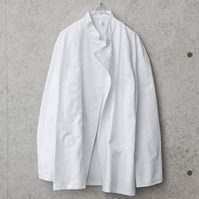 LEIBER社製 ホワイト ボタンレス シェフジャケット 長袖