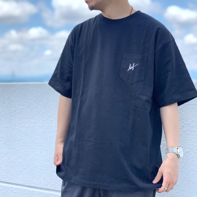 全2色 ハフ HUF Tシャツ SCRIPT POCKET S/SL TEE 半袖 ポケットTシャツ スクリプトロゴ ホワイト ブラック 白 黒 正規店限定