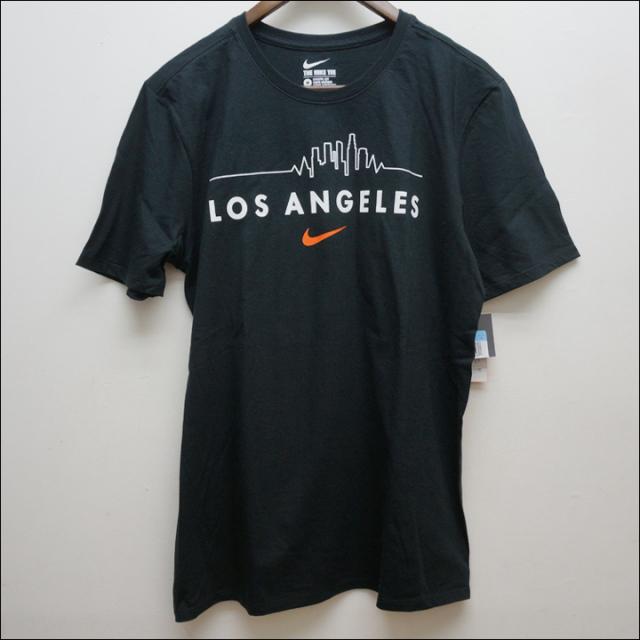 NIKEのTシャツ