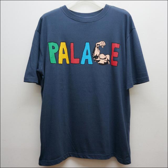 PALACEのTシャツ