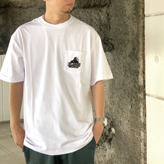 全2色 エクストララージ XLARGE Tシャツ EMBROIDERY SLANTED OG S/S POCKET TEE 定番ロゴ ホワイト パープル