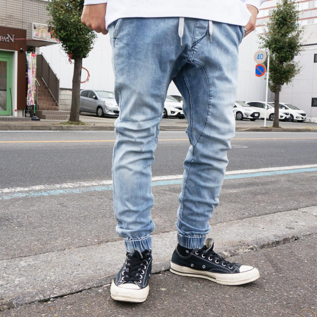 ZANEROBE ゼインローブ SURE SHORT DENIM JOGGER PANTS - LIGHT WASH
