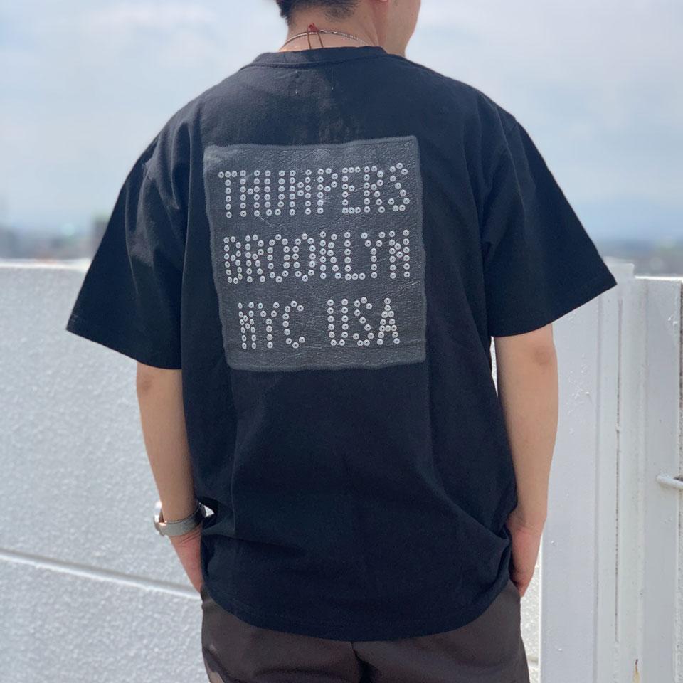 全3色 THUMPERS NYC サンパーズ LEATHER PATCH LOGO S/S Tee Tシャツ ホワイト ブラック パープル