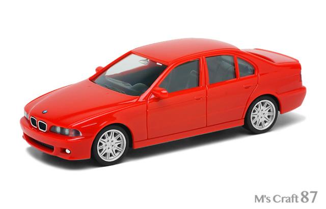 【ヘルパ】BMW M5