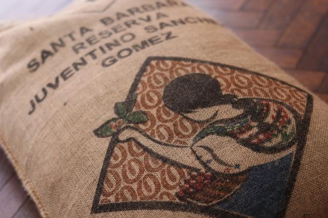 グァテマラ「フベンティーノ・サンチェス・ゴメス 焙煎度合別セット」100g×2種