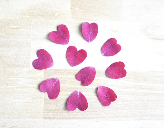 押し花 バラ花弁 花びらハート型ハート型くりぬき レジンアクセサリー・キャンドルなどハンドメイド素材