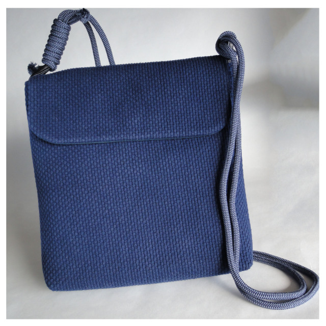 肩掛けバッグ【濃藍】
