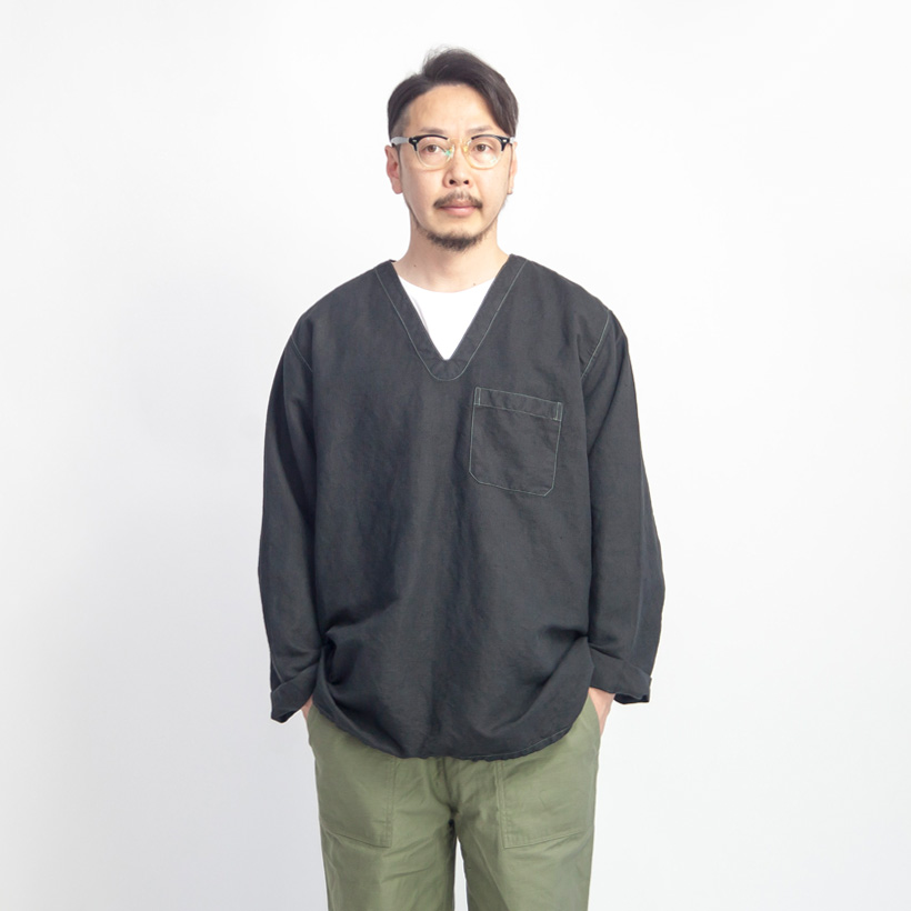 ハンガリー軍 リネン Vネックスリーピングシャツ 黒染め デッドストック メンズ