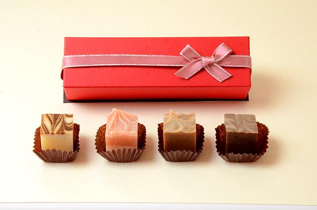 チョコレート石鹸4個入り