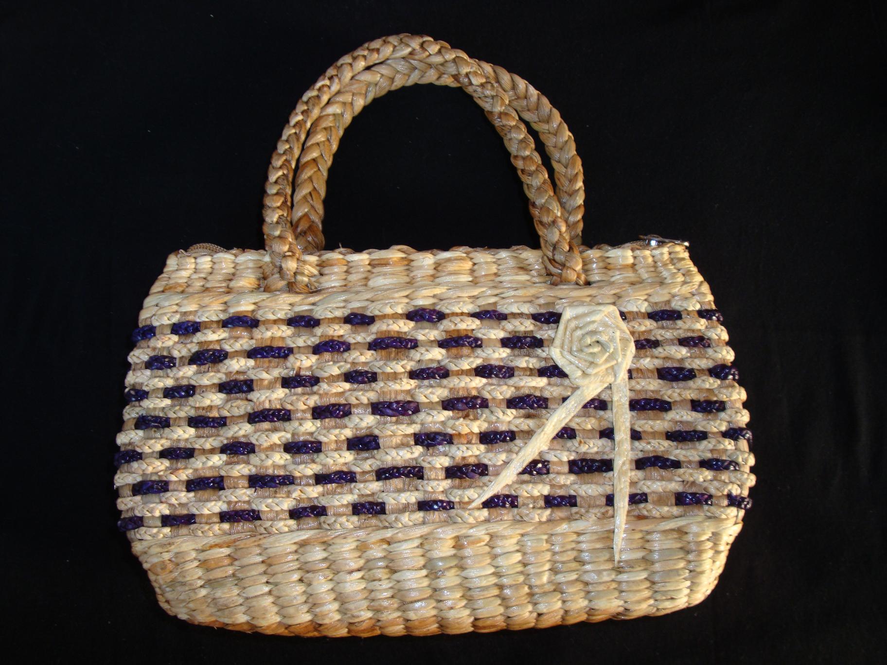 水草製ハンドバッグ