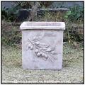 オリーブスクエア  高級感 古仕上げ オリーブ柄 輸入テラコッタ鉢 正角型 スクエアー アンティコ 古代調ポット レトロ感