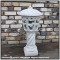 セニガリア 石造 庭園灯 洋風ガーデン オブジェ 灯籠タイプ 石像 白セメント 輸入彫像