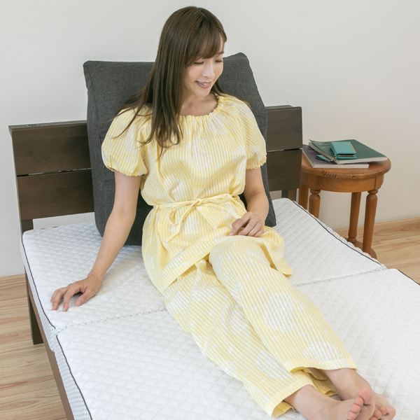 【SALE】綿100% 二重ガーゼ花柄サテンストライプ 半袖 レディースパジャマ