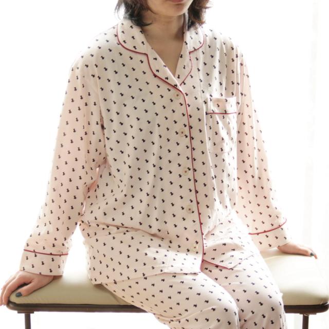 とろっとなめらな天竺長袖パジャマ テリア柄 レディース