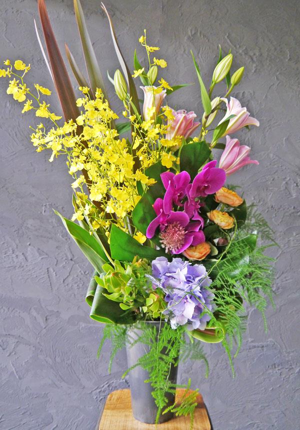 【お花おまかせ】トールアレンジメント《colorful》