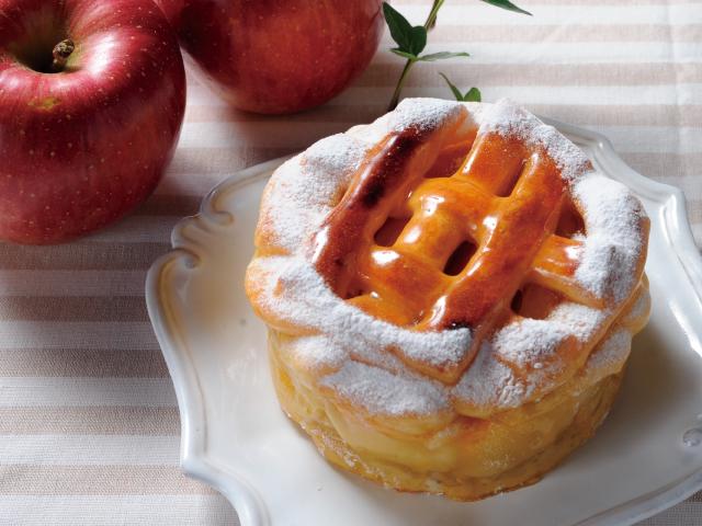 彩香 アップルポテトパイ