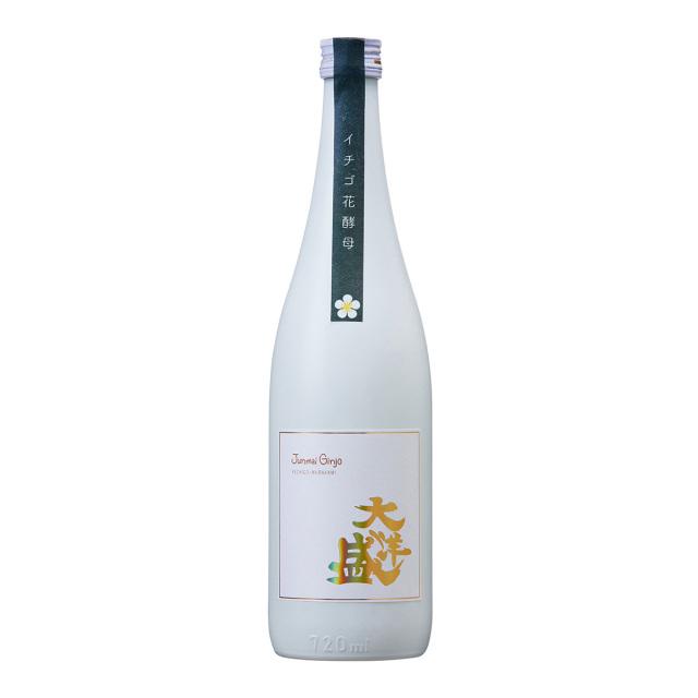 日本酒 イチゴ花酵母 純米吟醸 大洋盛 720ml White