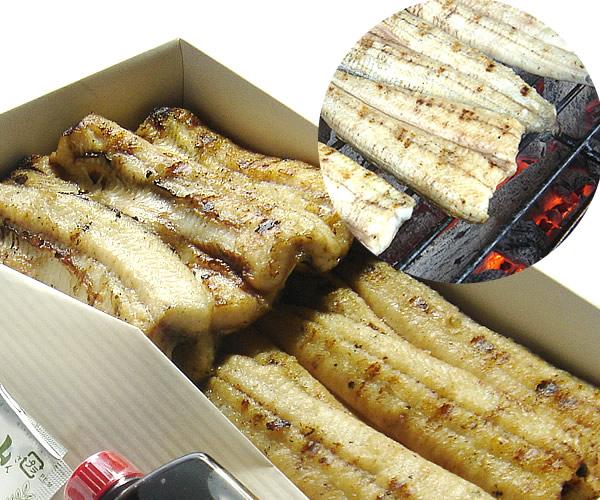お店で活魚を捌き炭火で丁寧に焼き上げています!魚良の定番【国産うなぎの白焼き(タレ,山椒付属)】2尾入〜※頭肝骨素焼き有無ご選択頂けます