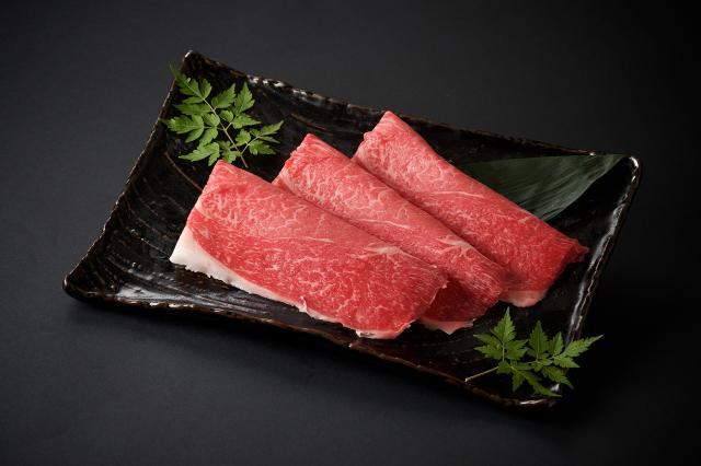 九州産黒毛和牛 モモすきやき用/100g(1000)