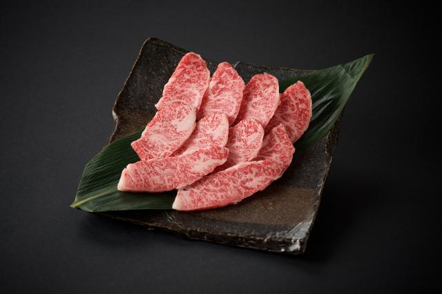 九州産黒毛和牛 特上焼肉/100g(800)
