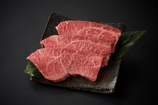 九州産黒毛和牛 トモサンカクステーキ/1枚約100g