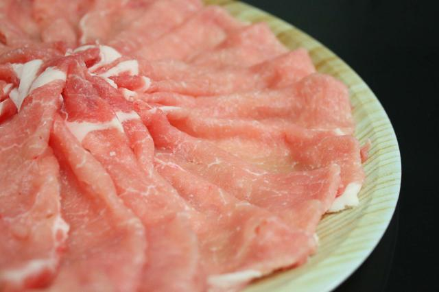 選べる皿盛りしゃぶしゃぶ/【C】:九州産豚ロース(1皿/250g)