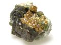 ベスブ石と灰鉄柘榴石 01 メイン