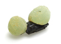 葡萄石と緑簾石 17.8g 01 メイン