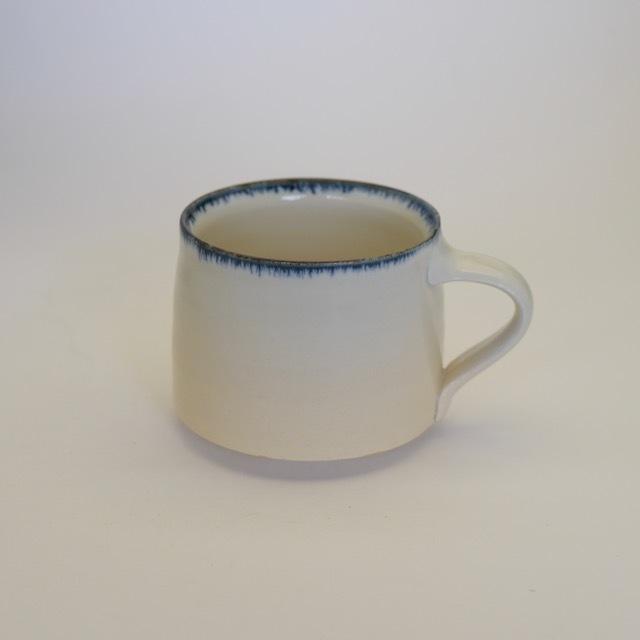 中里花子 ブルー皮鯨マグカップ